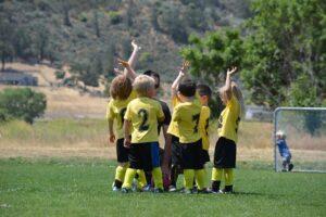 Fotbollsspelare som firar
